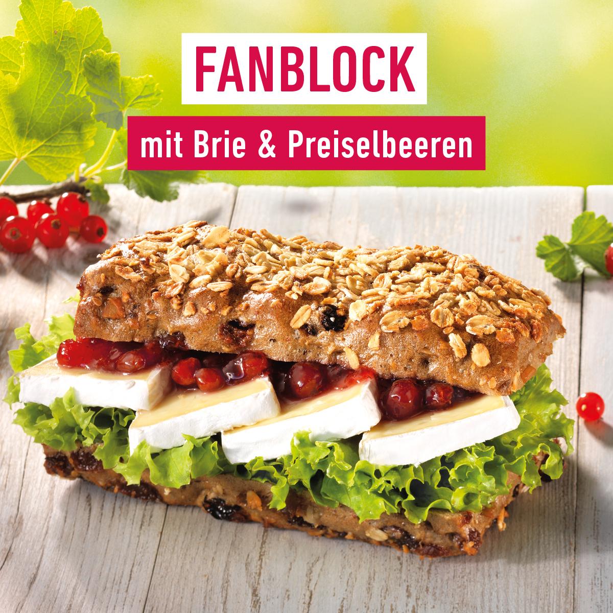FANBLOCK mit Brie & Preiselbeeren
